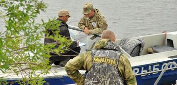 Государственным органам рыбоохраны России 7 апреля исполняется 87 лет. Редакция Fishnews поздравляет инспекторов и ветеранов службы с профессиональным праздником!
