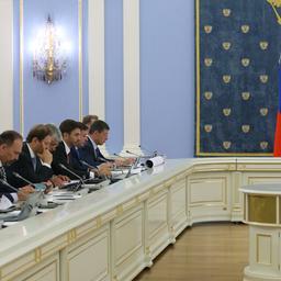 Доклад Александра Галушки на заседании Правительства. Фото пресс-службы Правительства РФ