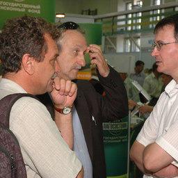 Анатолий ДЕКШТЕЙН (WWF), Константин ЗГУРОВСКИЙ (WWF) и Эдуард КЛИМОВ (Медиахолдинг Fishnews)