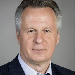 Анатолий МАКОЕДОВ