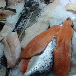 Рыбе предпочли мясо
