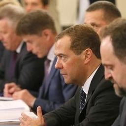В августе премьер-министр Дмитрий МЕДВЕДЕВ провел встречу с руководителями предприятий рыбной отрасли Дальнего Востока. Фото пресс-службы Правительства РФ