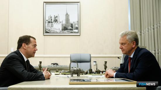 Премьер-министр РФ Дмитрий Медведев провел встречу с председателем Коллегии Евразийской экономической комиссии Виктором Христенко. Фото пресс-службы Правительства