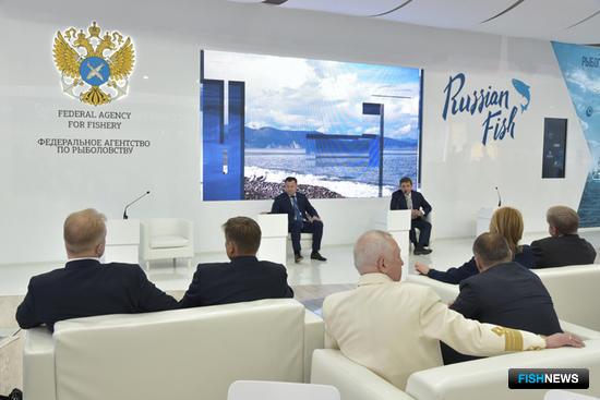 Встреча с руководством Росрыболовства проходила в формате делового завтрака в павильоне «Русский рыбный дом»