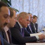 Руководитель Росрыболовства Андрей КРАЙНИЙ (в центре)