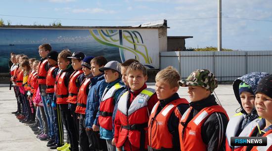 Сейчас в Невельском отделении парусного спорта занимаются 35 школьников. Фото пресс-службы фонда «Родные острова»