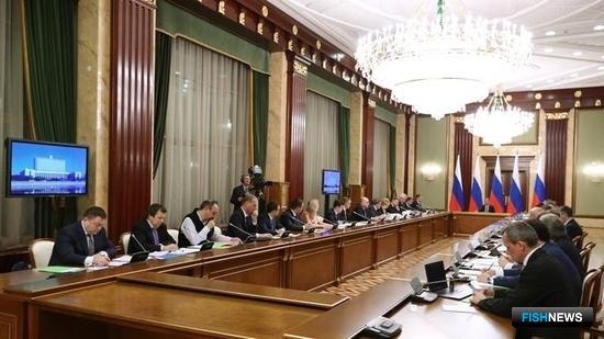 Премьер-министр Дмитрий Медведев провел совещание о реализации «дорожных карт» национальной предпринимательской инициативы. Фото пресс-службы Правительства РФ.