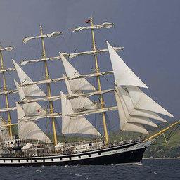 «Паллада» минует Гибралтар