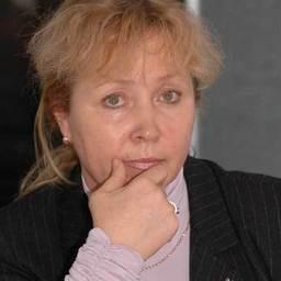Заместитель генерального директора по правовым вопросам ОАО «Дальрыба» Наталья ВОРОБЬЕВА