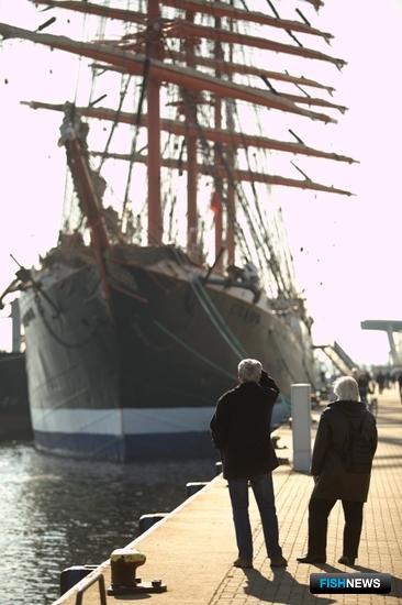 «Седов» в немецком порту Ватермюнде. Фото пресс-службы МГТУ