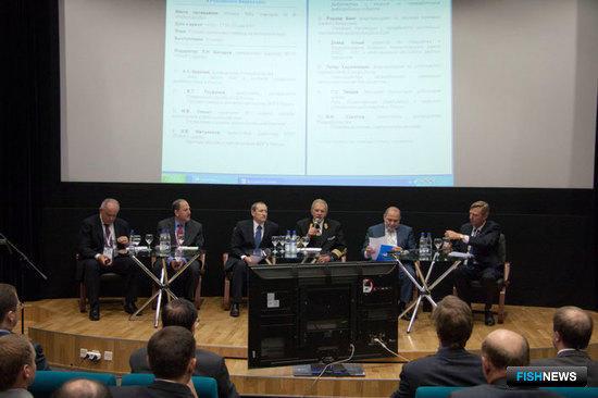Круглый стол «Устойчивое рыболовство в Российской Федерации», организованный АДМ в рамках Международной выставки «Экспофиш-2011»