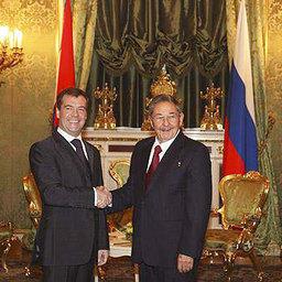 Дмитрий Медведев и Рауль Кастро