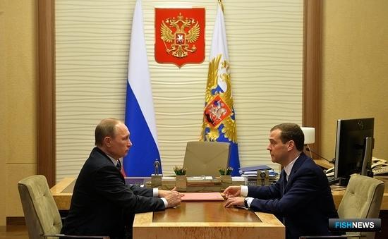Глава государства Владимир ПУТИН и премьер-министр Дмитрий МЕДВЕДЕВ провели рабочую встречу.