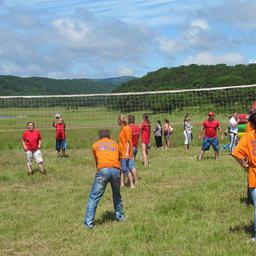 Работники отрасли сыграли в волейбол