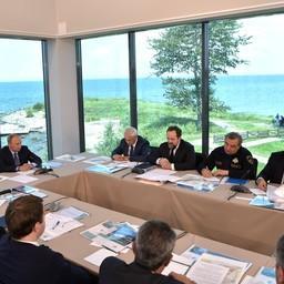 Совещание по актуальным проблемам сохранения озера Байкал и экологического развития Байкальской природной территории. Фото пресс-службы президента