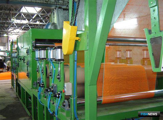 Машина для термофиксации дели и затяжки узлов