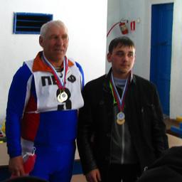 Серебряные призеры в личном зачете: Борис БУДАНЦЕВ (ОАО «ПБТФ») и Антон АНТОШКИН (ДМУ)