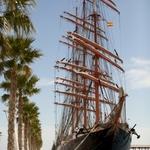 Учебный парусник «Седов» прибыл в испанский порт Аликанте. Фото Александра Кучерука.