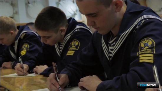 Впервые «Тотальный диктант» написали курсанты на учебном паруснике «Паллада»