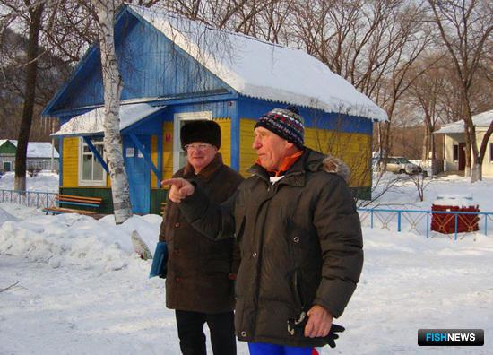 Председатель судейской коллегии Борис БУДАНЦЕВ дает последние наставления перед стартом
