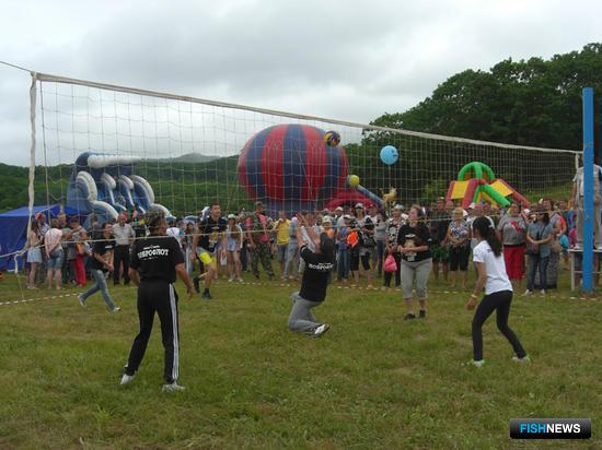 Среди сотрудников ГК «Доброфлот» проходил чемпионат по волейболу