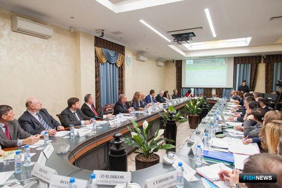 Законопроекты о внесении изменений в ФЗ «О рыболовстве…» и в Налоговый кодекс рассматривались в Общественной палате 2 марта