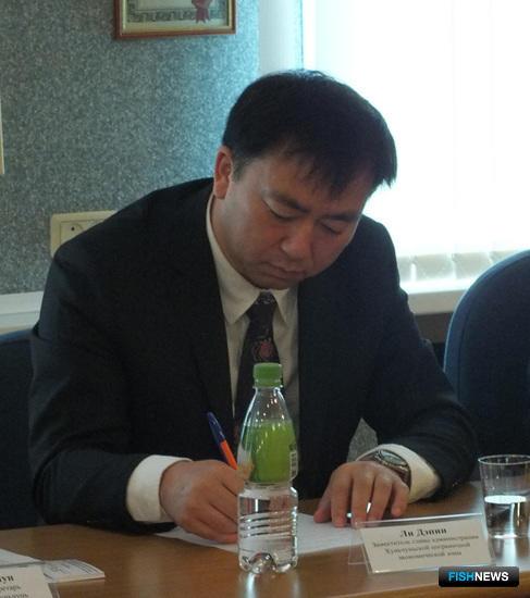 Заместитель главы администрации Хуньчуньской пограничной экономической зоны Ли ДЭПИН