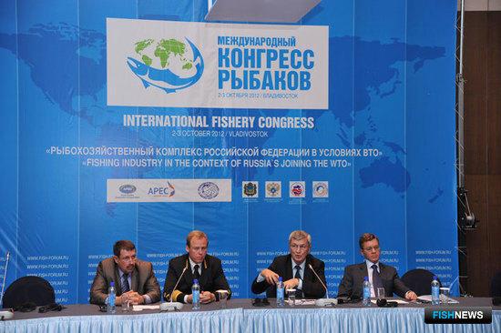 Обсуждение общей темы участники VII Международного конгресса рыбаков продолжили на круглых столах