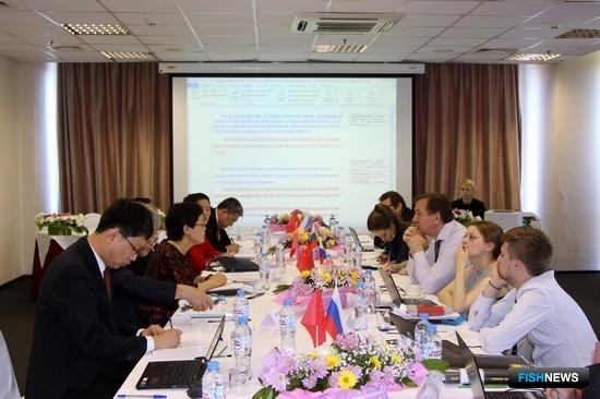 В Санкт-Петербурге прошли пятые переговоры российско-китайской постоянной рабочей группы по сотрудничеству в области ветеринарного надзора, фитосанитарного контроля и безопасности пищевой продукции. Фото пресс-службы Россельхознадзора