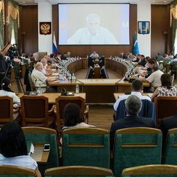 Губернатор дал поручения по продовольственной безопасности Сахалина и Курил. Фото пресс-службы правительства Сахалинской области.