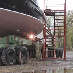 Строительство судна на Вилючинской верфи. Фото Заксобрания Камчатки