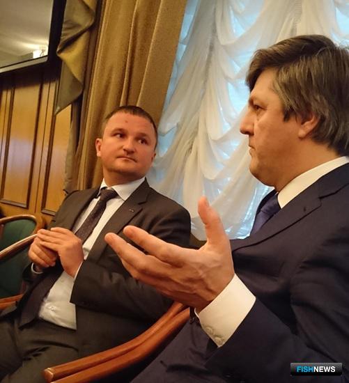 Управляющий ГК «Доброфлот» Александр ЕФРЕМОВ и Заместитель министра транспорта Виктор ОЛЕРСКИЙ