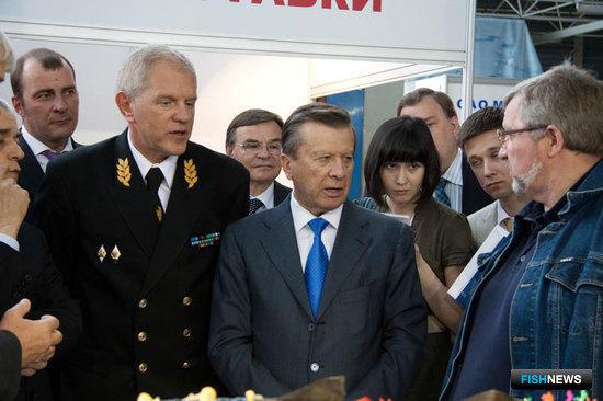 """Первый вице-премьер Виктор ЗУБКОВ на выставке """"Экспофиш-2011"""""""