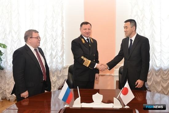 В Москве завершились российско-японские межправительственные консультации по вопросам промысла лосося в ИЭЗ РФ. Фото пресс-службы Росрыболовства