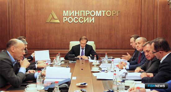Заседание совета директоров Объединенной судостроительной корпорации. Фото пресс-службы Минпромторга