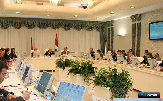Совещание по вопросу строительства рыбопромыслового флота, Владивосток, 31 мая 2010 г.