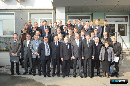Участники Дальневосточного научно-промыслового совета