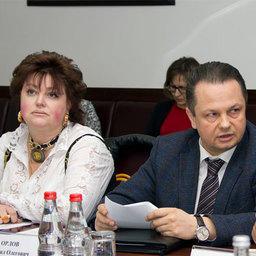 Людмила ЧИКИНА (Роспотребнадзор) и Михаил ОРЛОВ, директор департамента Минсельхоза России