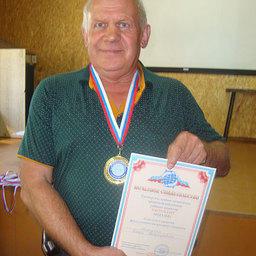 Петр МАТУСЯК – бессменный тренер «золотой» команды ТИНРО-Центра по мини-футболу