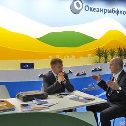 Переговоры на стенде «Океанрыбфлота»