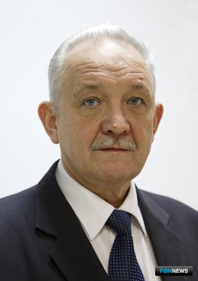 Виктор КРАСАВЦЕВ