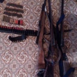Также на складе нашли незарегистрированный карабин и патроны. Фото пресс-службы регионального УМВД