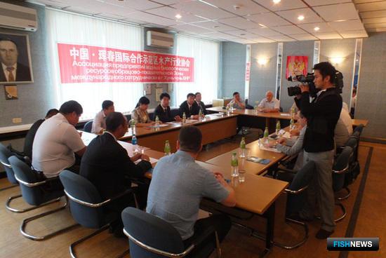 Во Владивостоке состоялась встреча членов Ассоциации рыбохозяйственных предприятий Приморья с китайскими коллегами