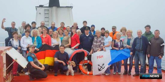 В экспедиции участвовали ученые из России, Германии, Японии, Великобритании, Швейцарии, Испании. Фото пресс-службы ДВФУ