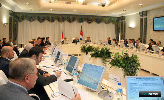 Совещание по судостроению во Владивостоке 31 мая 2010 г.