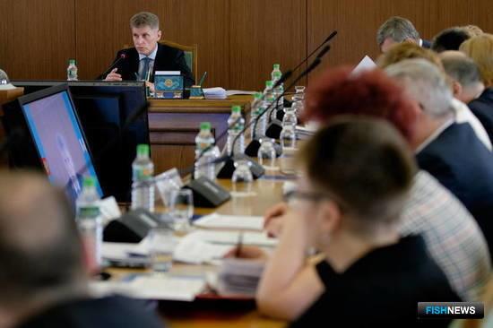 Врио губернатора Сахалинской области Олег КОЖЕМЯКО на совещании