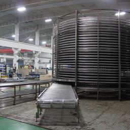 Сборка спиральных морозильных аппаратов в цеху завода Moon Tech