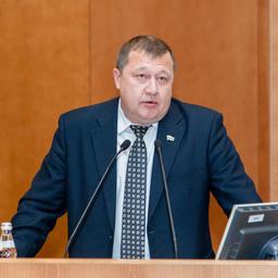 Первый заместитель губернатора — директор департамента сельского хозяйства и перерабатывающей промышленности Курганской области Сергей ПУГИН