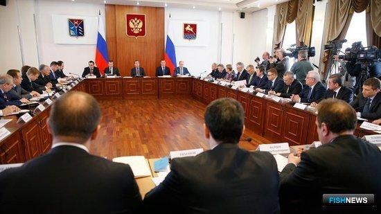 В Магадане прошло совещание, посвященное перспективам развития рыбохозяйственного комплекса. Фото пресс-службы Правительства РФ.