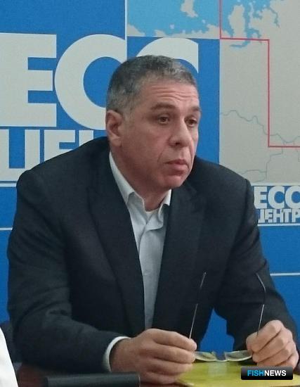 Член Совета Федерации от Сахалинской областной Думы Александр ВЕРХОВСКИЙ